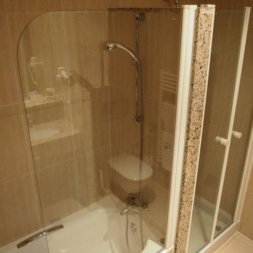 Room-shower Continental Don Antonio Hotel Paguera, Mallorca